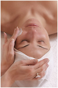 Become a Facial Specialist or Esthetician at Loraines Academy